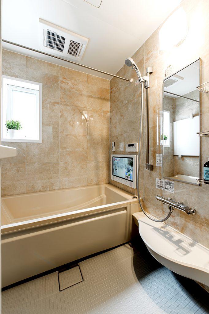 千葉県松戸市上本郷 新築一戸建て 浴室