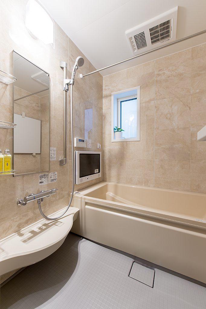千葉県市川市柏井町 新築一戸建て 浴室