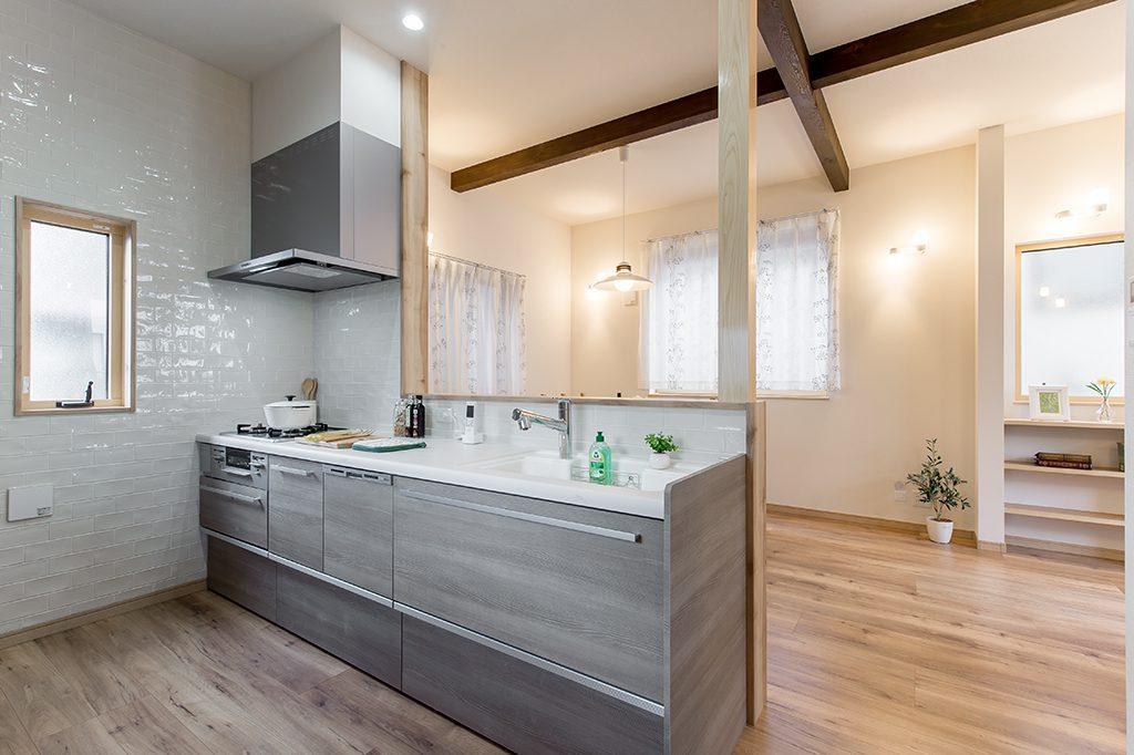 千葉県市川市柏井町 新築一戸建て 対面キッチン