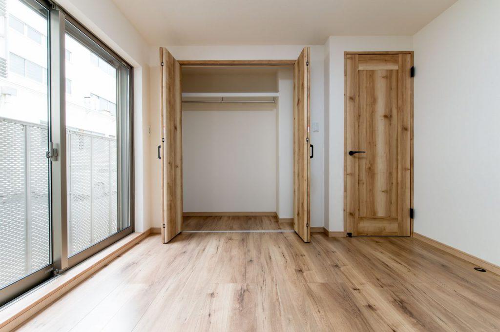 千葉県市川市南八幡 新築一戸建て 洋室クローゼット