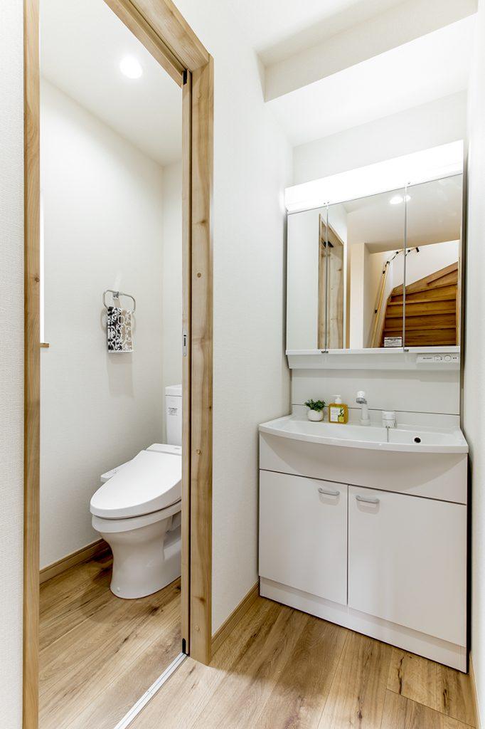 千葉県松戸市上本郷 新築一戸建て トイレ