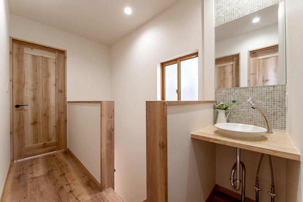 千葉県浦安市当代島 新築一戸建て カウンター洗面台