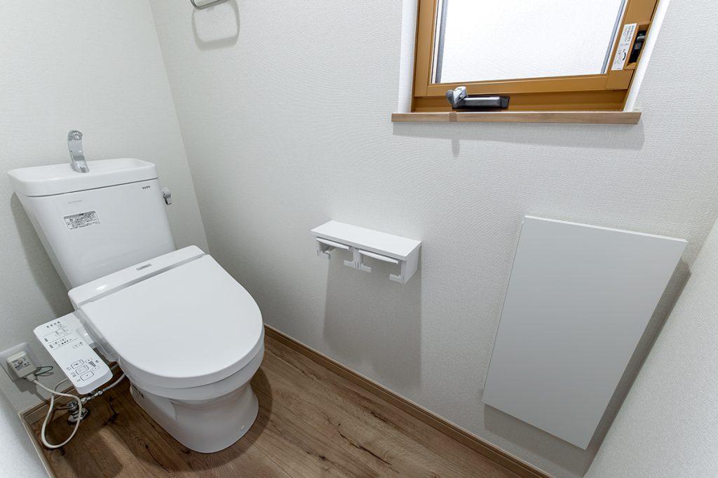 市川市東菅野 新築一戸建て トイレ