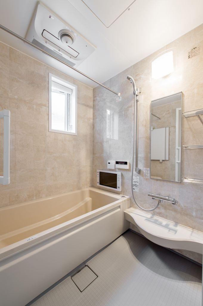 千葉県市川市菅野 新築一戸建て 浴室