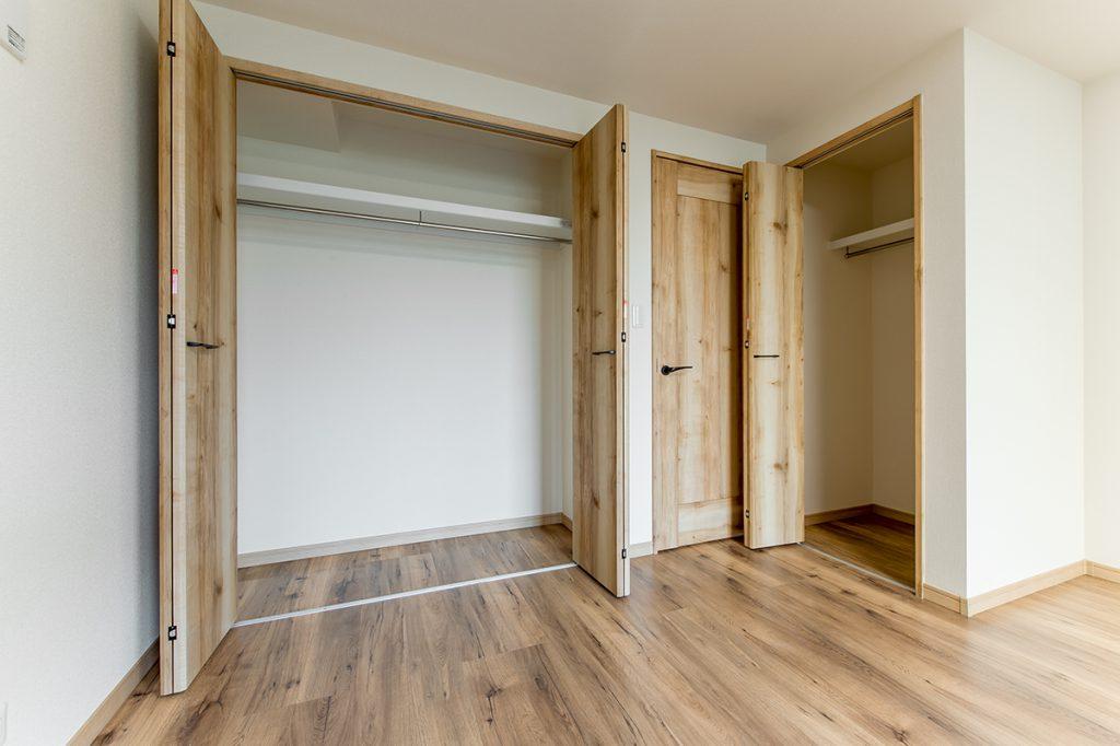千葉県市川市市川南4丁目 新築一戸建て 1階洋室