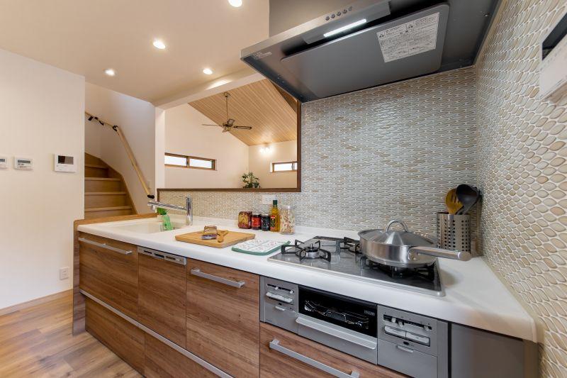 千葉市花見川区 南花園一丁目住宅B棟 一戸建て 施工実績 05 キッチン