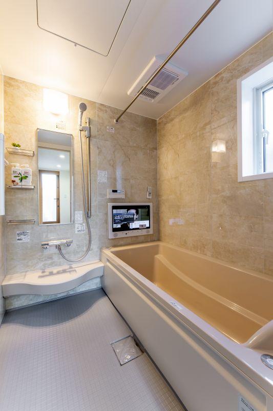 千葉市花見川区 南花園一丁目住宅A棟 施工実績 一戸建て 008 浴室