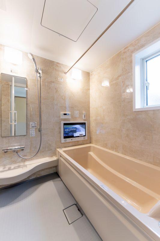 千葉市花見川区 南花園一丁目住宅B棟 一戸建て 施工実績 08 浴室