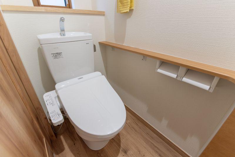 千葉市花見川区 南花園一丁目住宅B棟 一戸建て 施工実績 009 トイレ