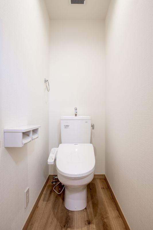 千葉県船橋市 山手三丁目住宅 一戸建て 市川市 施工実績 11 トイレ